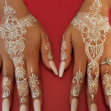 Anusha 39 s henna expressions express with henna for Do airbrush tattoos come off in water